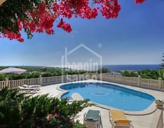 Preciosa casa con vistas al mar de la costa sur de Menorca