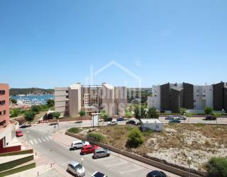 Moderno apartamento con vistas al puerto de Mahón