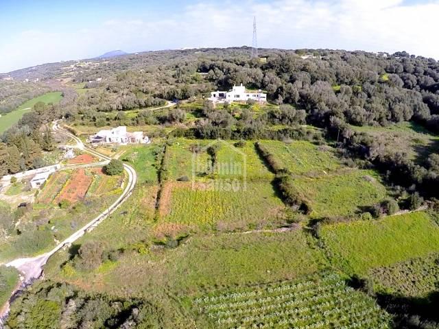 Finca cerca de Alayor con vistas espectaculares del campo