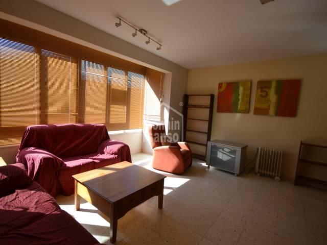 Amplio piso en tercera planta en Ciutadella