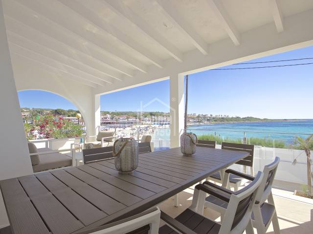 Espectacular casa de lujo en 1ª linea de mar Punta Prima