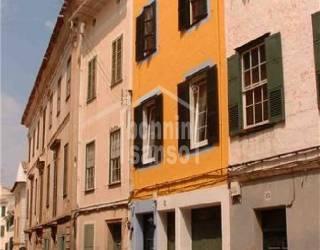 Oportunidad de adquirir un hostal en centro de Mahón