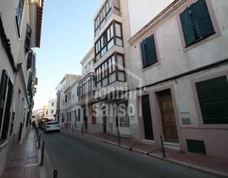 Piso 1º de 3 dormitorios amueblado en Mahón