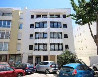 Primer piso en el centro de Mahon