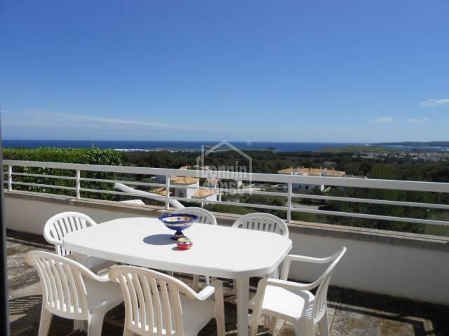 Apartamento con vistas panorámicas al mar, en Coves Noves