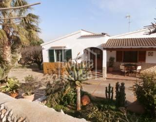 Casa de campo en la zona sur de Ciutadella