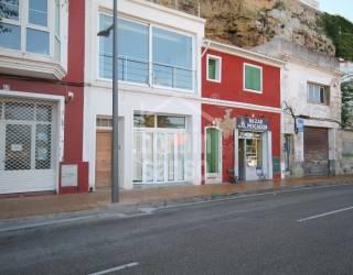 Local Puerto de Mahón