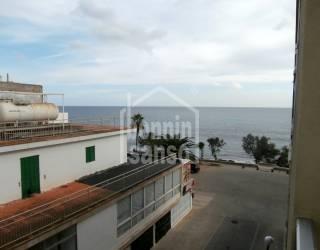 Apartamento con vista mar en S'illot