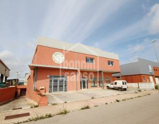 Nave Industrial con Oficina en San Luis