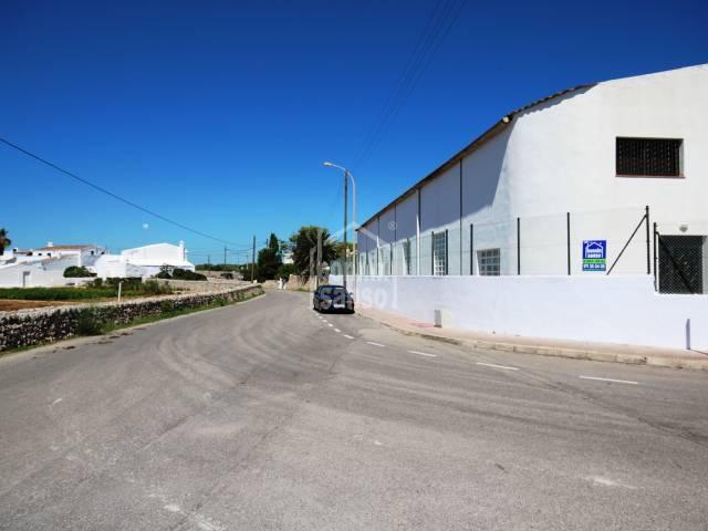 Local en Es Castell Poligono