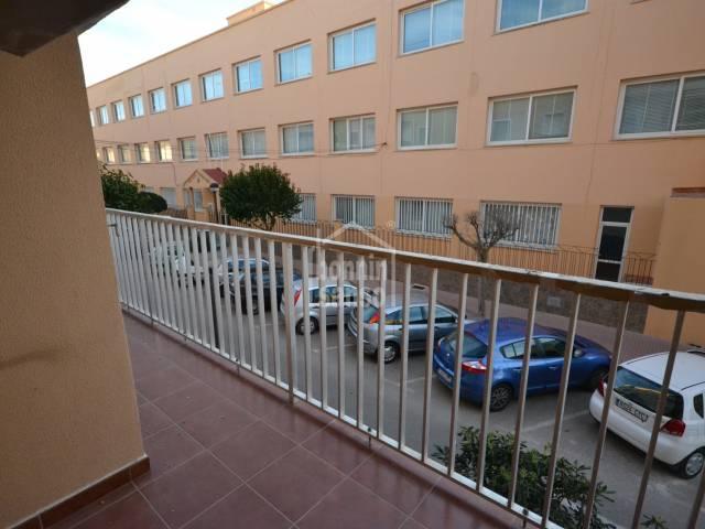 Gran piso en primera planta en el centro de Ciutadella