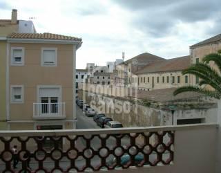 Amplio piso en Es Castell