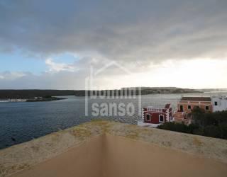 Apartamento en Es Castell con vistas de Mar