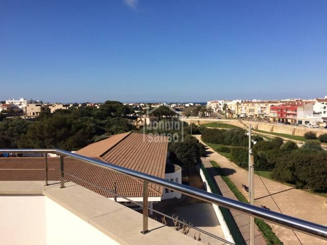 Ático dúplex con vistas al mar en Ciutadella