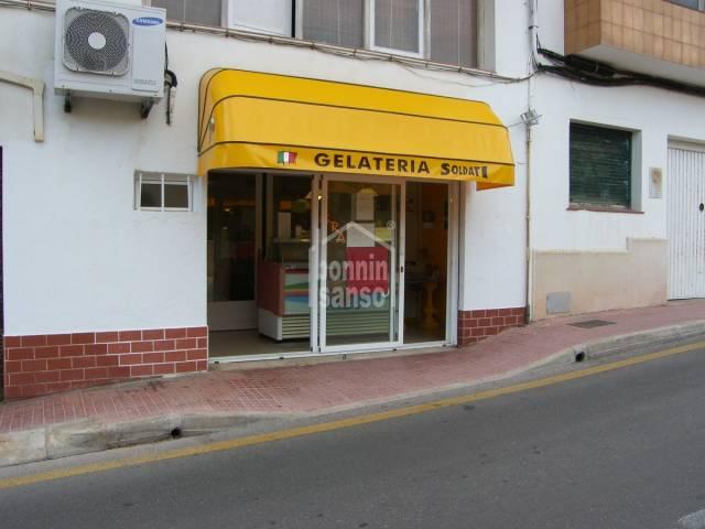 Local comercial en Es Castell