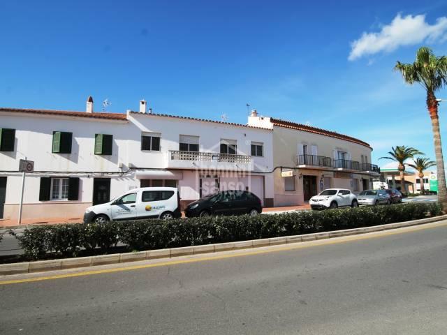 Chalet y local con piscina en Sant Lluis, Menorca