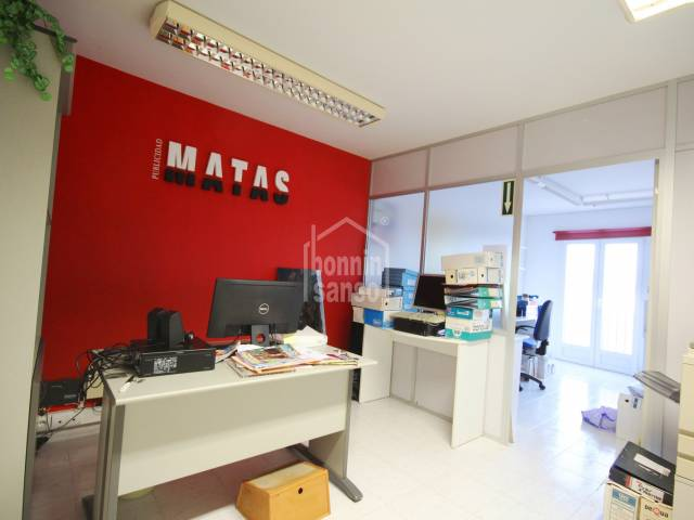 Office on fourth floor, with lift, in the centre of Mahon, Menorca