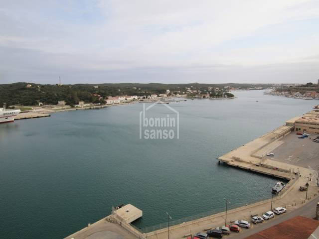 Flat in Mahon center with unbeatable harbour views, Menorca