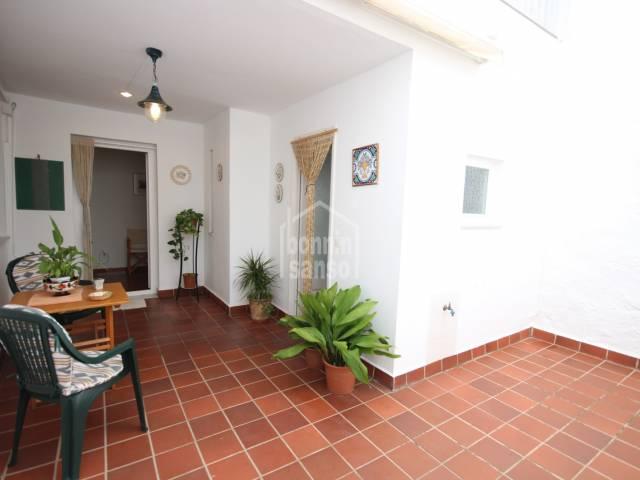 Estupenda casa en pleno casco antiguo, en muy buen estado de conservación y posibilidades, Ciutadella, Menorca