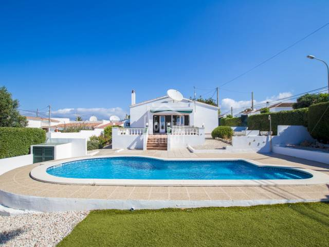 Great opportunity! Villa in Calan Porter with swimming pool, Menorca