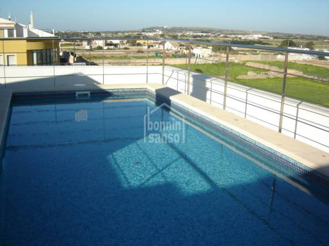 Ground floor apartment with communal swimming pool in Ciutadella, Menorca