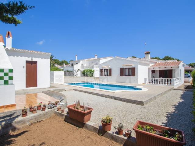 Attractive ground floor villa located in the harbour of Addaya, Menorca.
