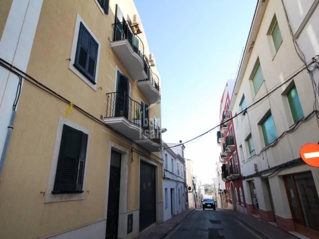 Atractivo piso en segunda planta en una zona tranquila de Mahon, Menorca
