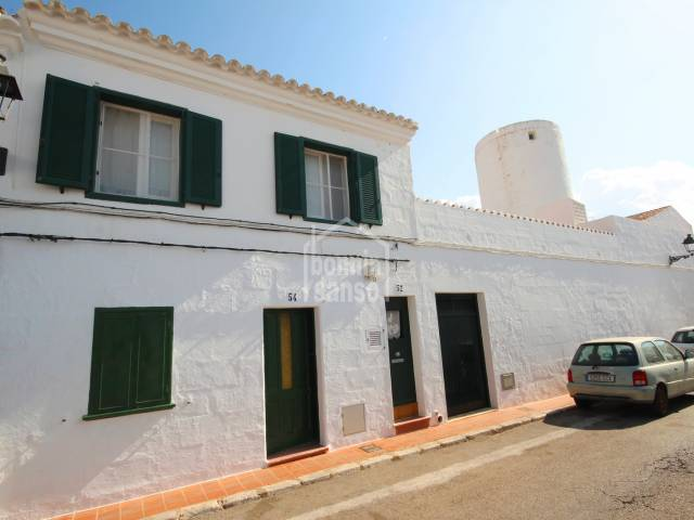 First floor house in the heart of Sant Lluis