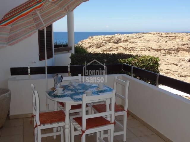 Cozy front line apartment with sea views in Los Delfines