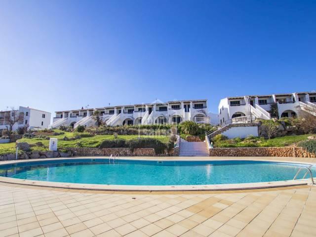 Bonito apartamento en primera planta con vistas mar, Arenal D'en Castell, Menorca