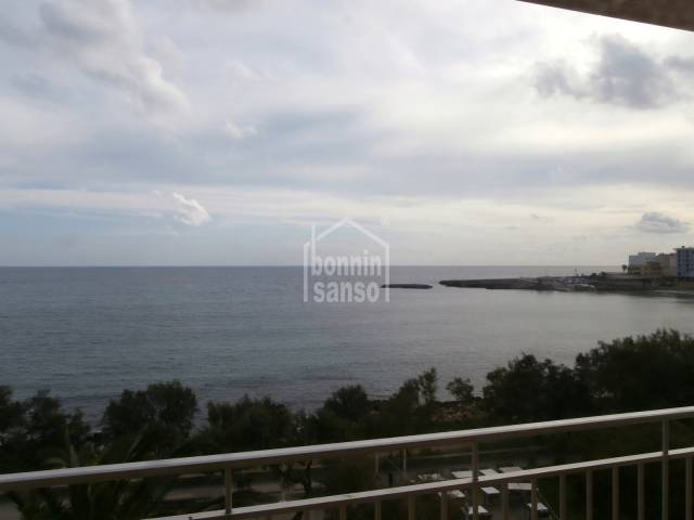 Flat with sea view in S'illot