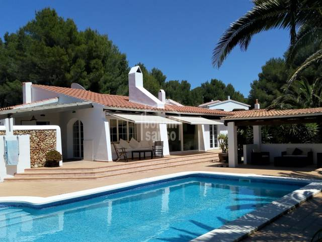 Charming villa on the edge of the golf course in son parc, Menorca