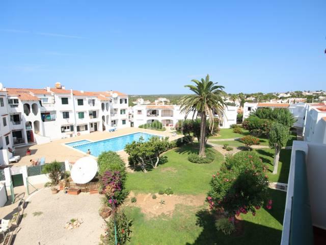 Schöne Wohnung im Zentrum von Calan Porter, Menorca