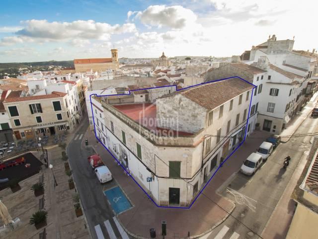 Oportunidad para desarrollar proyecto hotelero en el centro de Mahón, Menorca