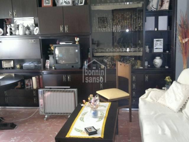 Piso en segunda planta con garaje en Mahon, Menorca