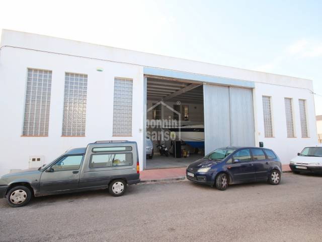 Large warehouse on the Industrial Estate of Es Castell