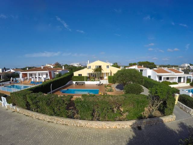 Large house with distant sea views in Binibeca Vell