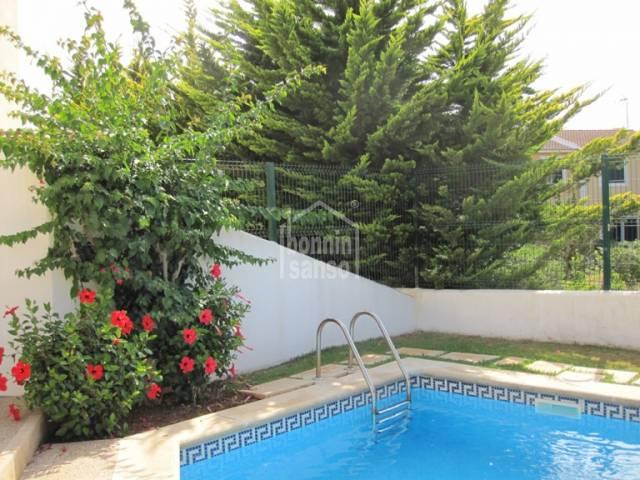 Bonito adosado en Calan Bosch, Ciutadella, Menorca