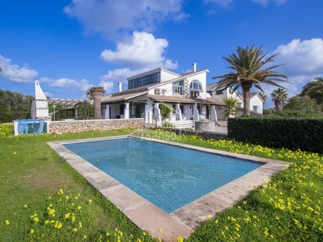 Casa de campo con vistas al mar en Canutells, Menorca
