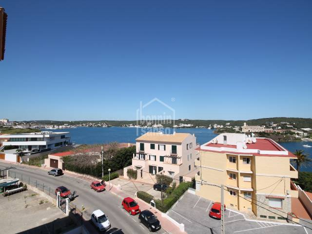 Apartment with views over the harbour of Mahon