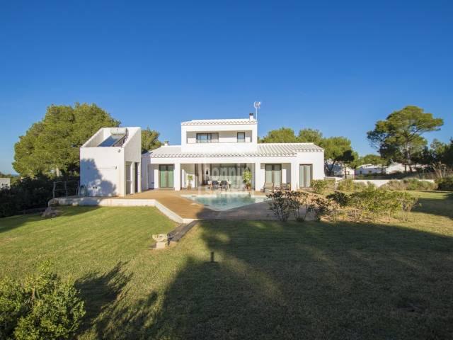 Excepcional Chalet en Cala Morell, Ciutadella,Menorca