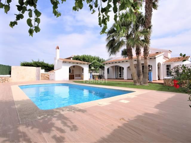 Fantástico chalet con Licencia Turística en la hermosa zona residencial de Son Blanc, Ciutadella, Menorca