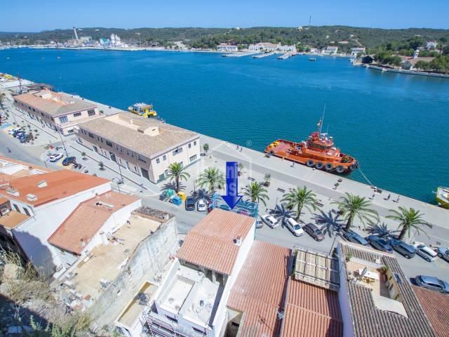 Exclusiva vivienda en primera linea del Puerto de Mahón. MENORCA