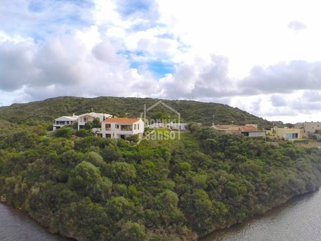 Contemporary villa with direct access to the sea. Menorca