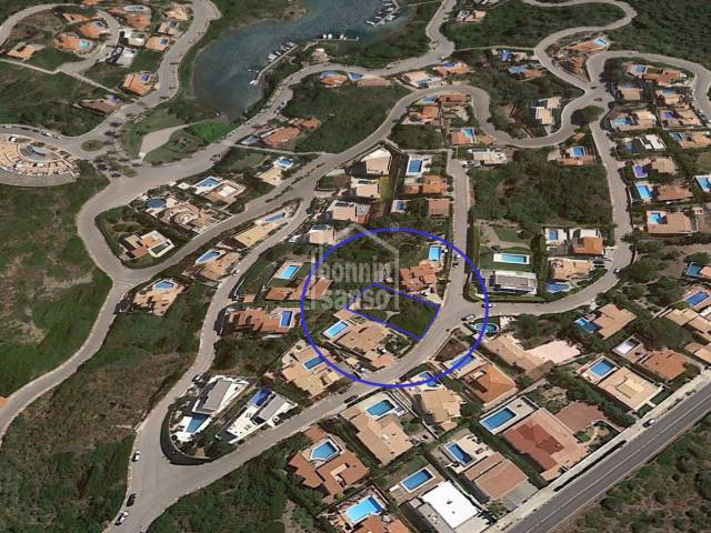 Terreno edificable con preciosas vistas al puerto, Cala LLonga, Menorca
