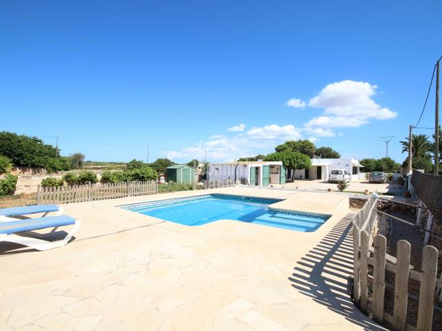 Countryside house with swimming pool in the southern areas of Ciutadella, Menorca.
