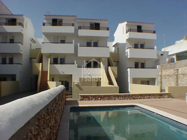 Garaje con patio comunitario en Es Castell, Menorca