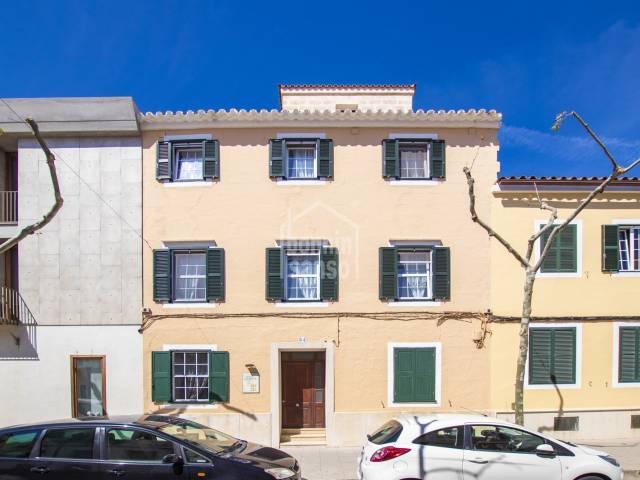 Emblemático edificio en Es Castell, Menorca