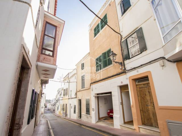 Townhouse in the center of Alaior, Menorca
