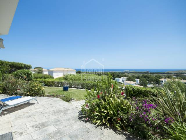 Fabulous apartment with sea views in Coves Noves, Menorca